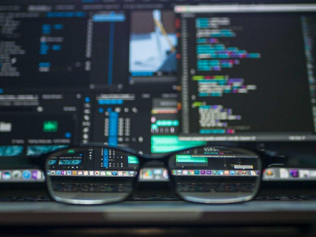 Jak zostać programistą? 7 kroków od zera do pierwszej pracy